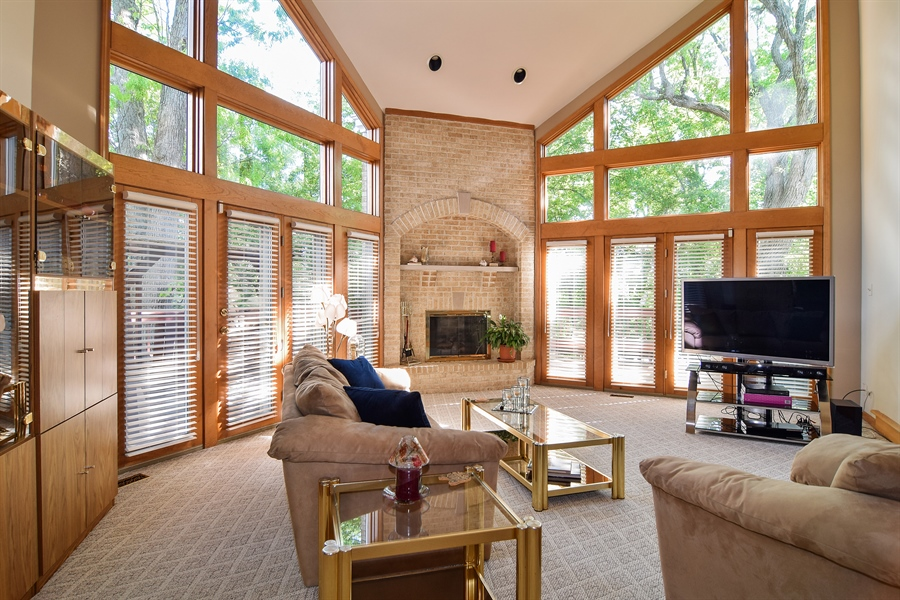Real Estate Photography - 1581 Far Hills Drive, Bartlett, IL, 60103 - Family Room