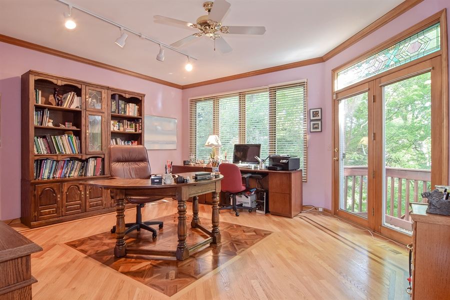 Real Estate Photography - 1581 Far Hills Drive, Bartlett, IL, 60103 - Office