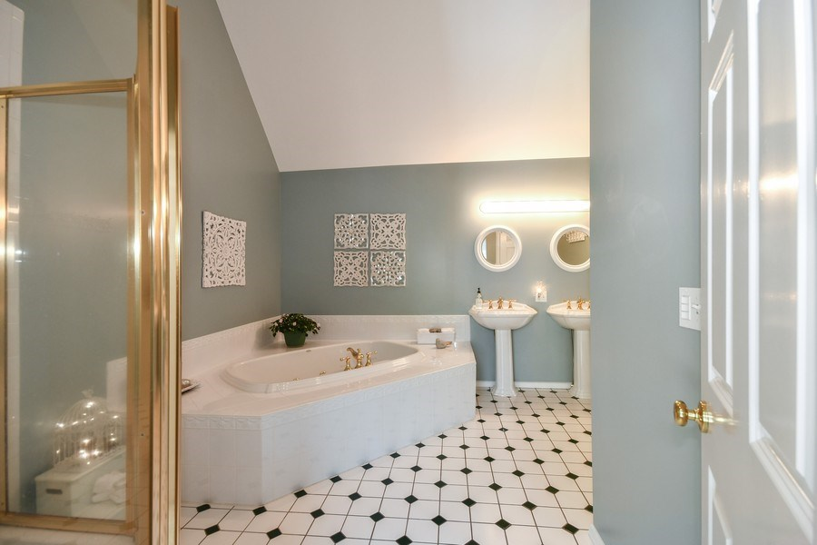 Real Estate Photography - 26W018 Bauer Rd, Naperville, IL, 60563 - Master Bathroom