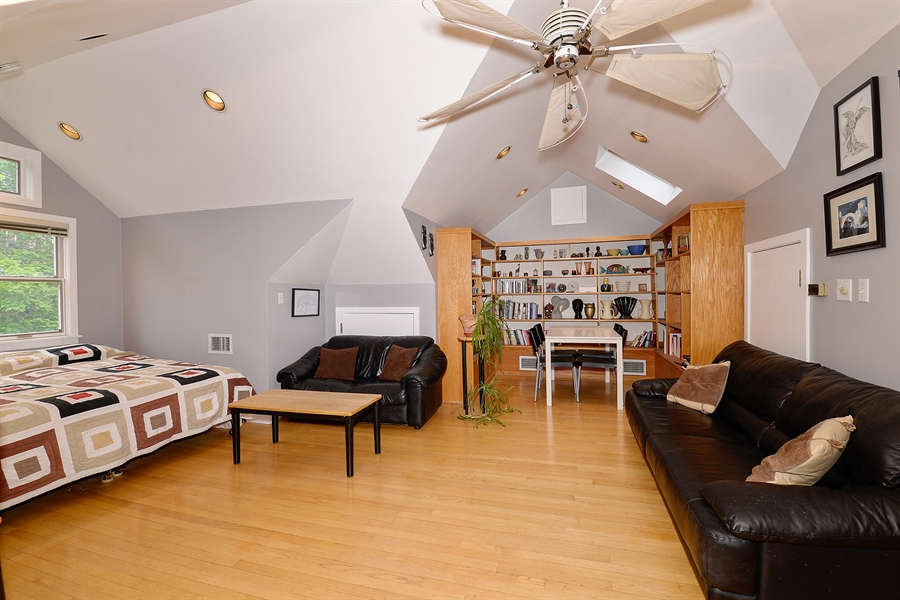 Real Estate Photography - 1444 West Birchwood Ave, Chicago, IL, 60626 - Bedroom