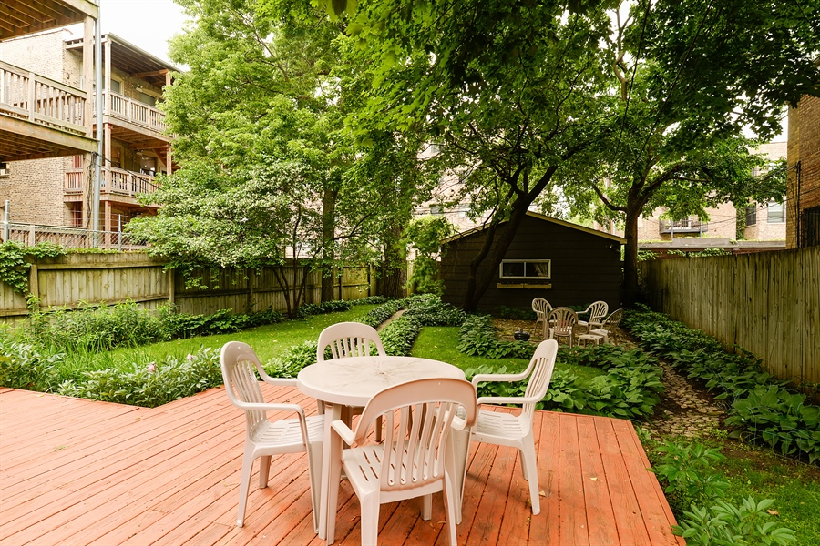 Real Estate Photography - 1444 West Birchwood Ave, Chicago, IL, 60626 - Back Yard