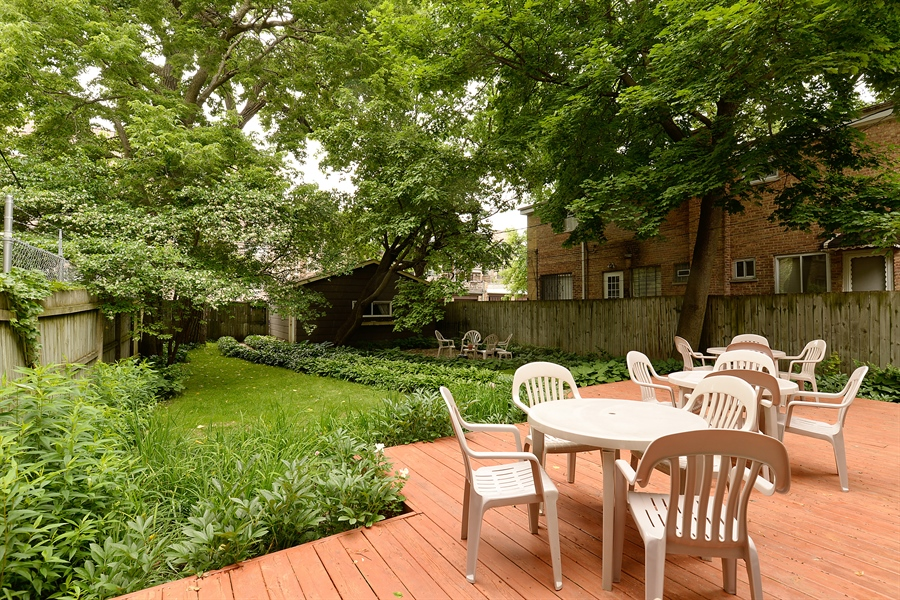 Real Estate Photography - 1444 West Birchwood Ave, Chicago, IL, 60626 - Deck