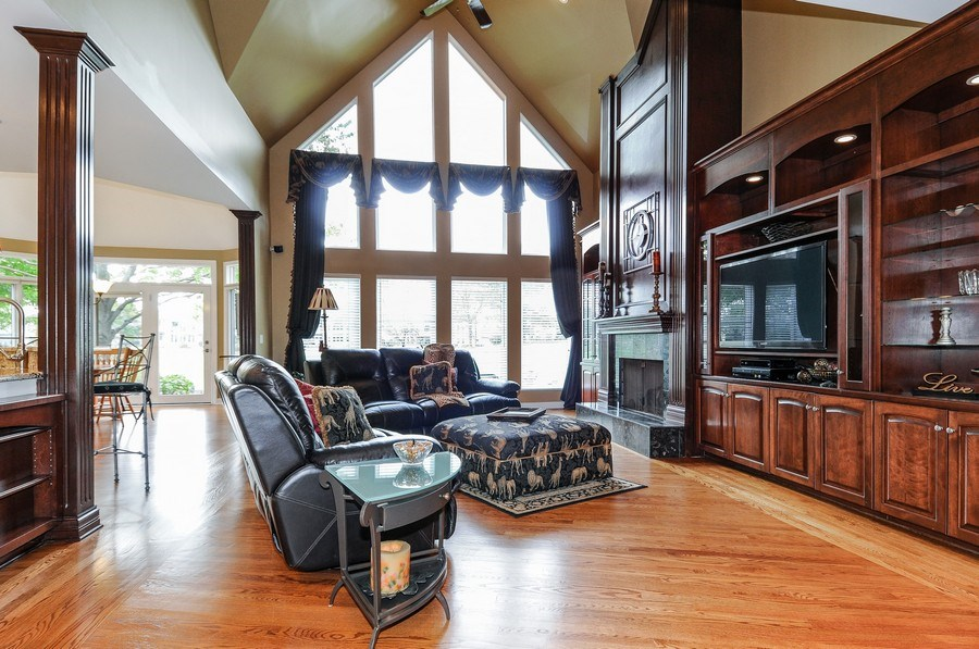 Real Estate Photography - 1126 Chadwick Ct, Aurora, IL, 60502 - Family Room
