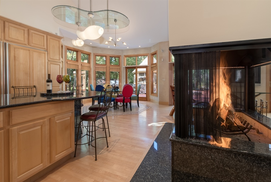Real Estate Photography - 10125 N. River Road, Barrington Hills, IL, 60010 -
