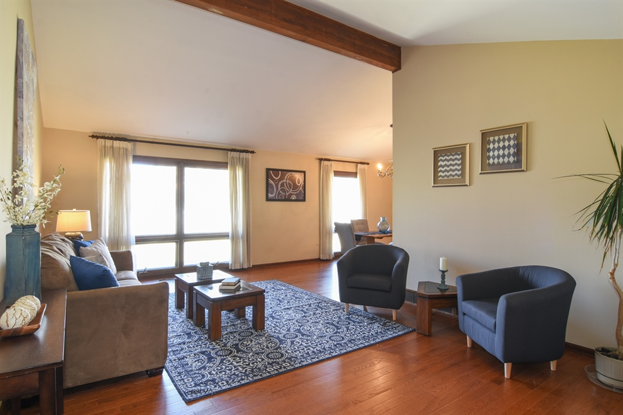 Real Estate Photography - 3241 N. Volz Drive, Arlington Heights, IL, 60004 - Living Room