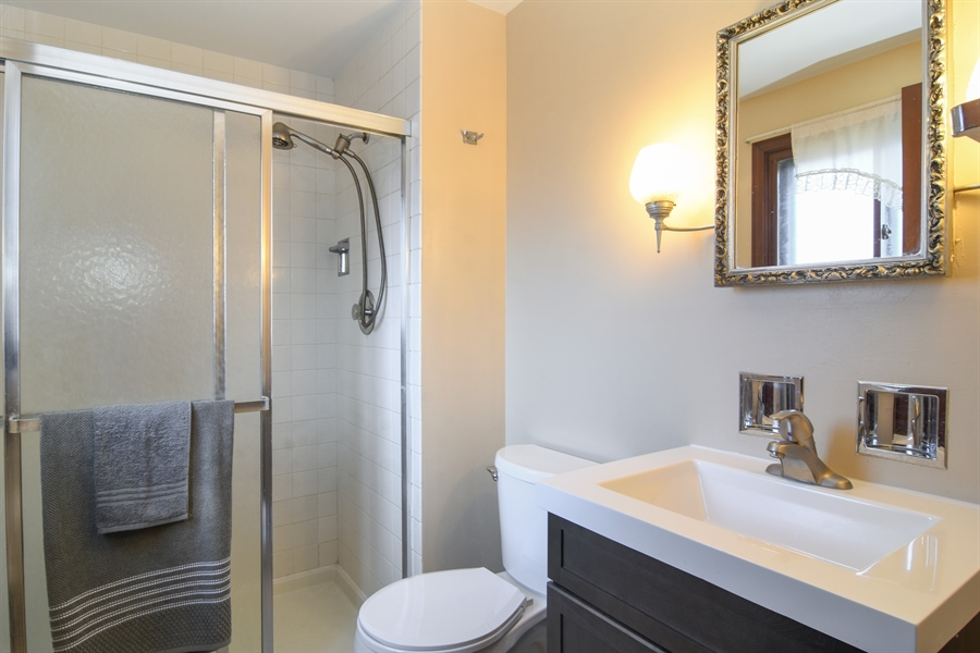 Real Estate Photography - 3241 N. Volz Drive, Arlington Heights, IL, 60004 - Master Bathroom