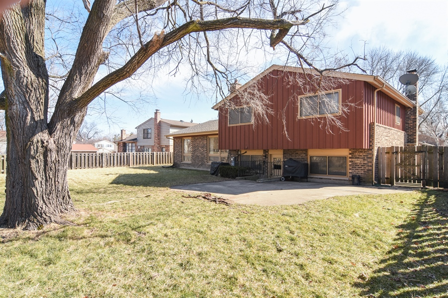 Real Estate Photography - 3241 N. Volz Drive, Arlington Heights, IL, 60004 - Rear View