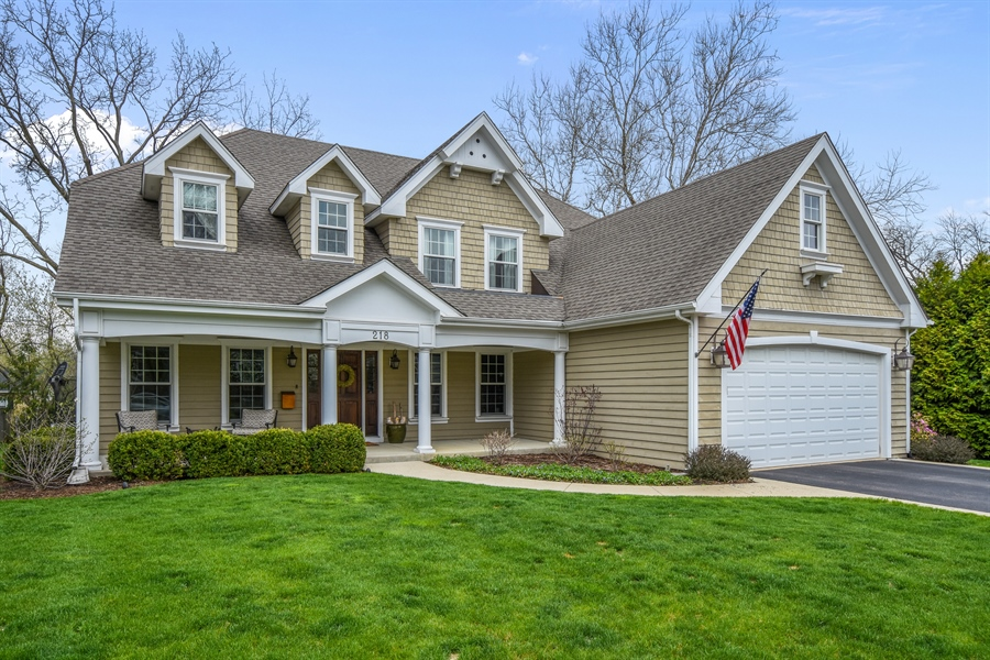 Real Estate Photography - 218 Victoria Street, Barrington, IL, 60010 - Front View