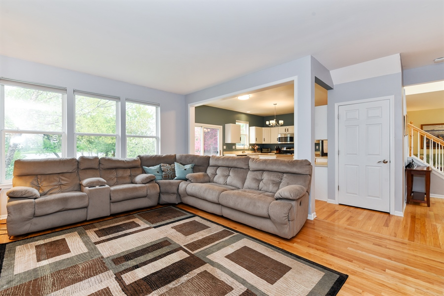 Real Estate Photography - 1042 Spinnaker St, Elgin, IL, 60123 - Family Room