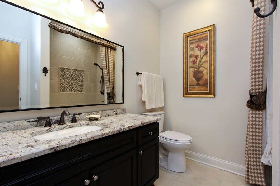 Real Estate Photography - 9 Wescott Drive, South Barrington, IL, 60010 - 3rd Bathroom