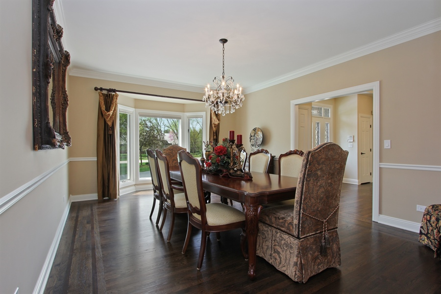 Real Estate Photography - 9 Wescott Drive, South Barrington, IL, 60010 - Dining Room