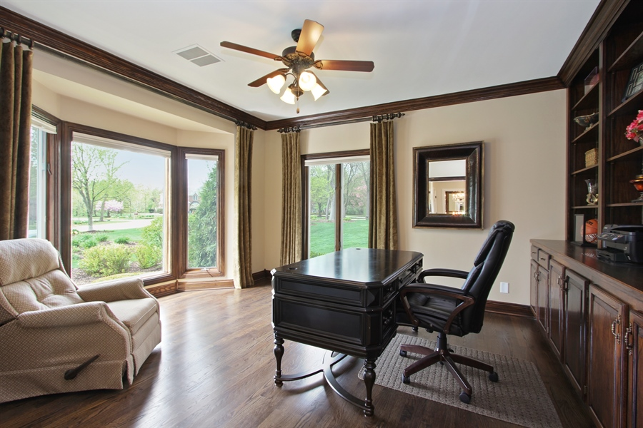 Real Estate Photography - 9 Wescott Drive, South Barrington, IL, 60010 - Library