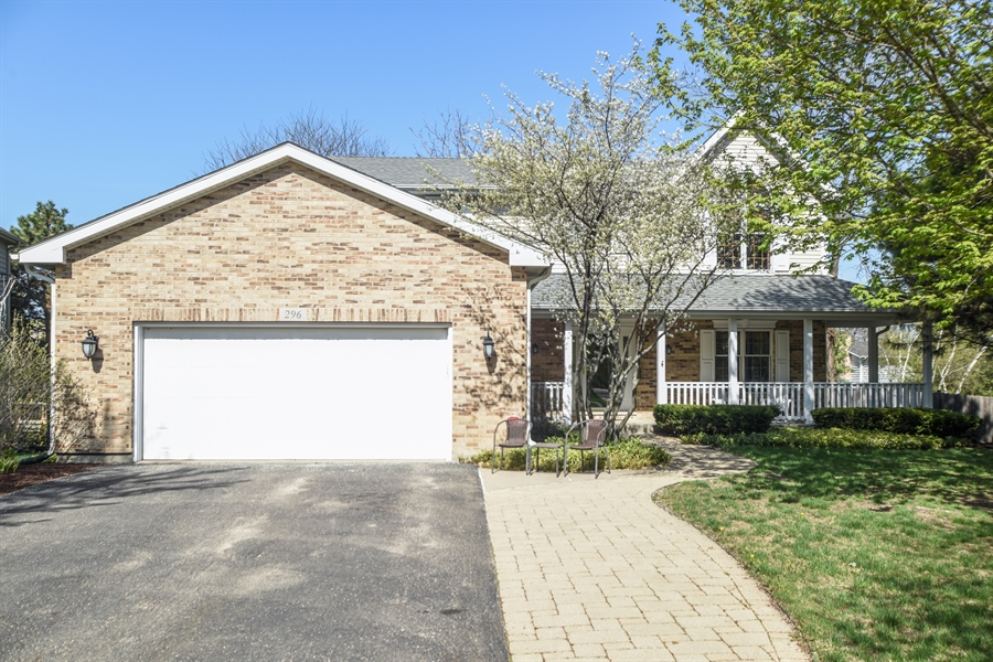Real Estate Photography - 296 Parker Drive, Grayslake, IL, 60030 - Front View