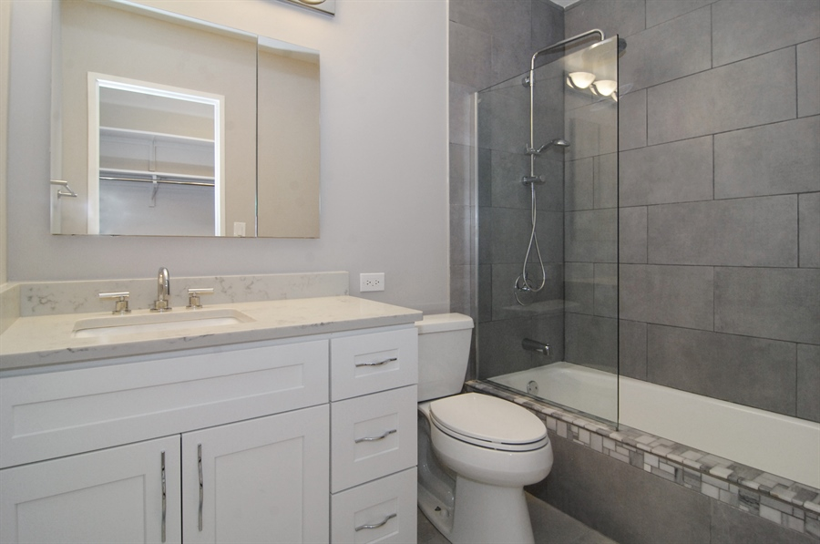 Real Estate Photography - 100 E. Bellevue Place, Unit 12C, Chicago, IL, 60611 - Master Bathroom