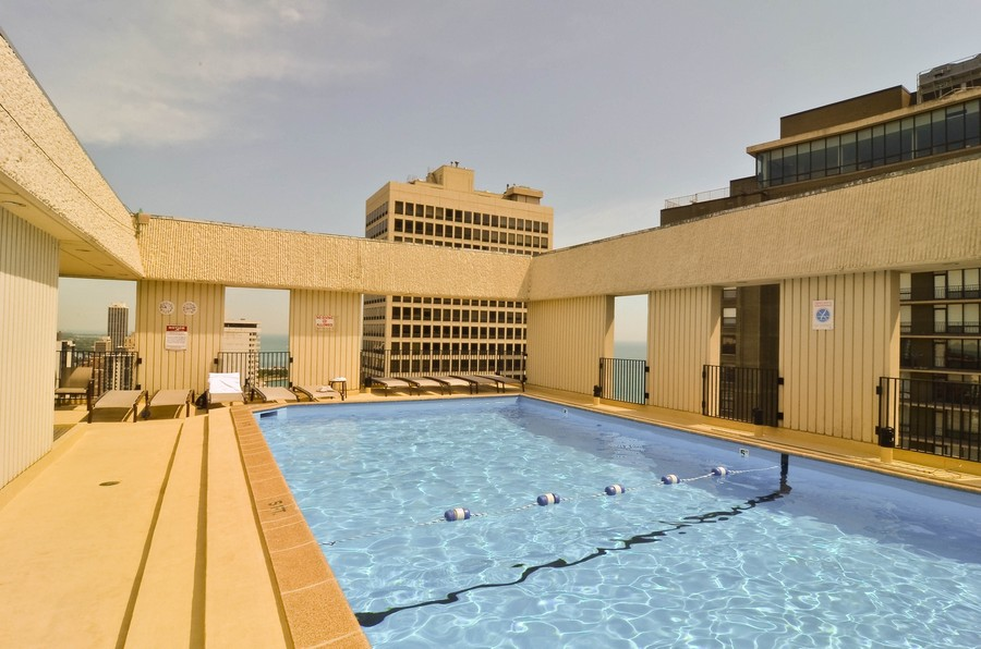 Real Estate Photography - 100 E. Bellevue Place, Unit 12C, Chicago, IL, 60611 - Outdoor Pool