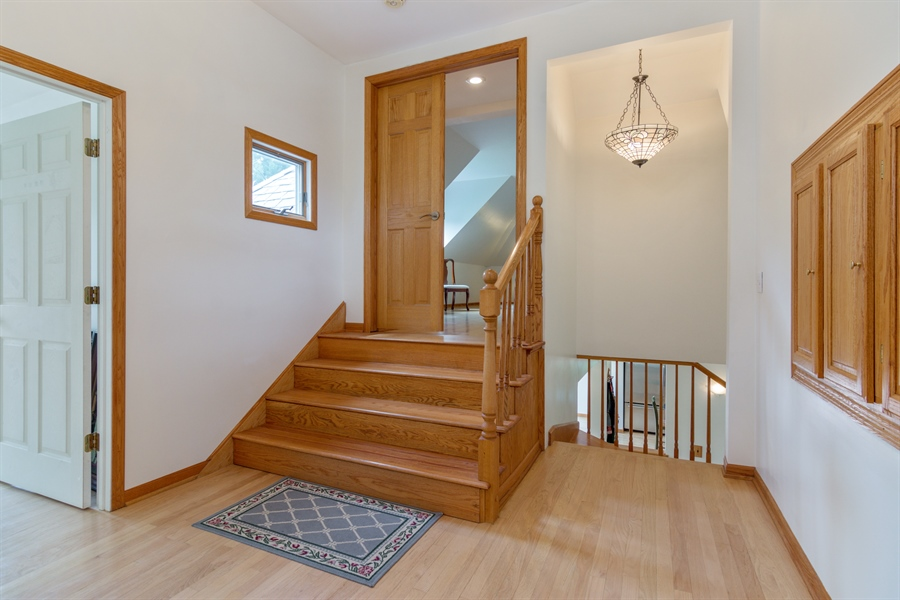 Real Estate Photography - 26166 N. Orchard Road, North Barrington, IL, 60010 - 2nd Floor Hallway