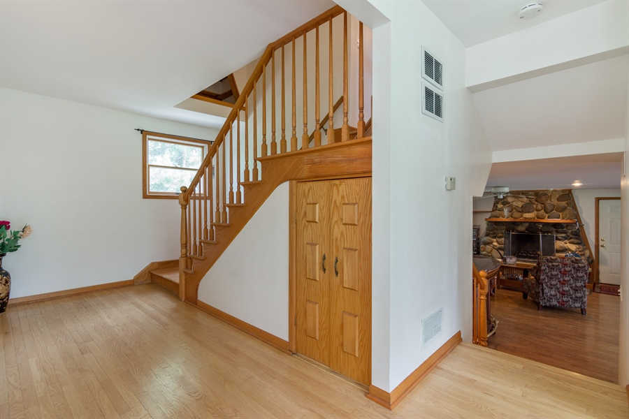 Real Estate Photography - 26166 N. Orchard Road, North Barrington, IL, 60010 - Hallway