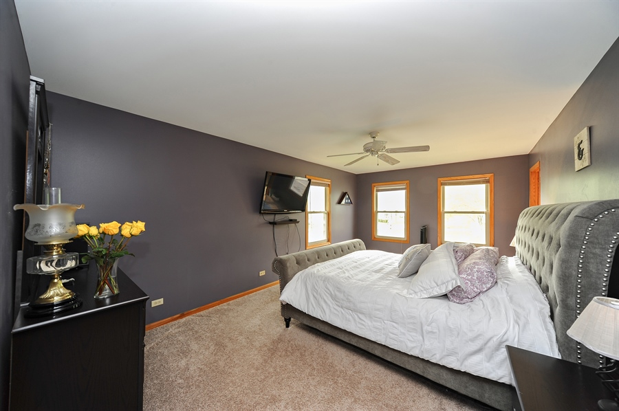 Real Estate Photography - 3616 Sigwalt St, Rolling Meadows, IL, 60008 - Master Bedroom