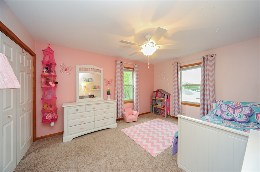 Real Estate Photography - 3616 Sigwalt St, Rolling Meadows, IL, 60008 - 2nd Bedroom