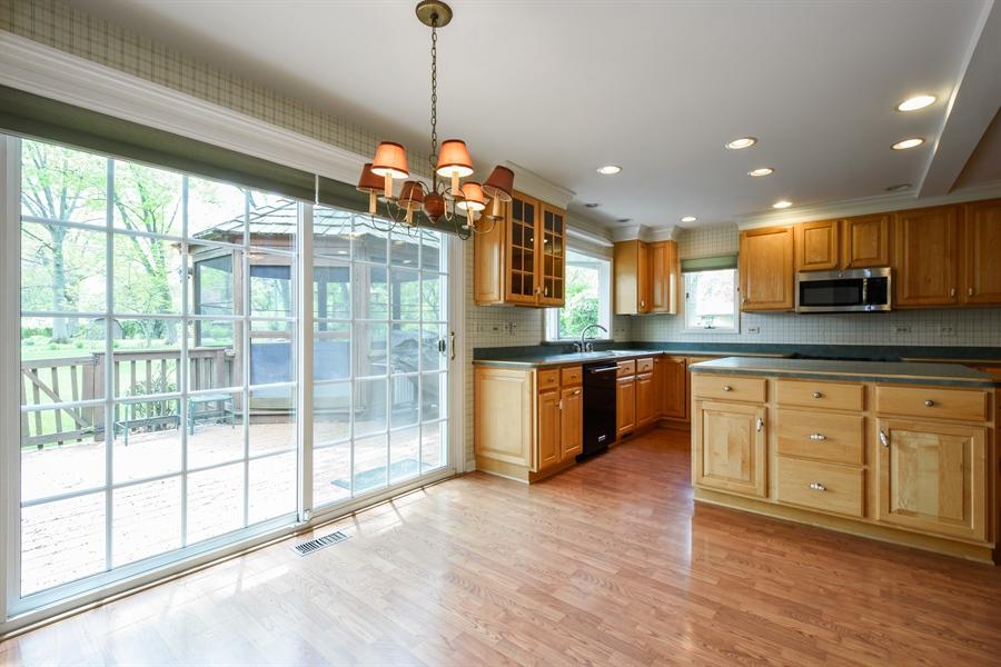 Real Estate Photography - 907 W. SIGWALT Street, Arlington Heights, IL, 60005 - Breakfast Area