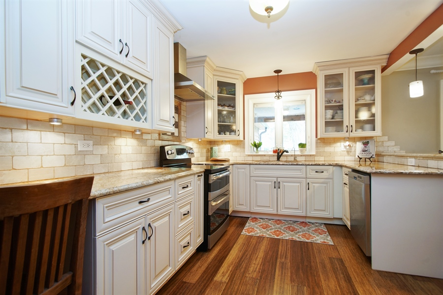 Real Estate Photography - 823 S. Arlington Heights Road, Arlington Heights, IL, 60005 - Kitchen