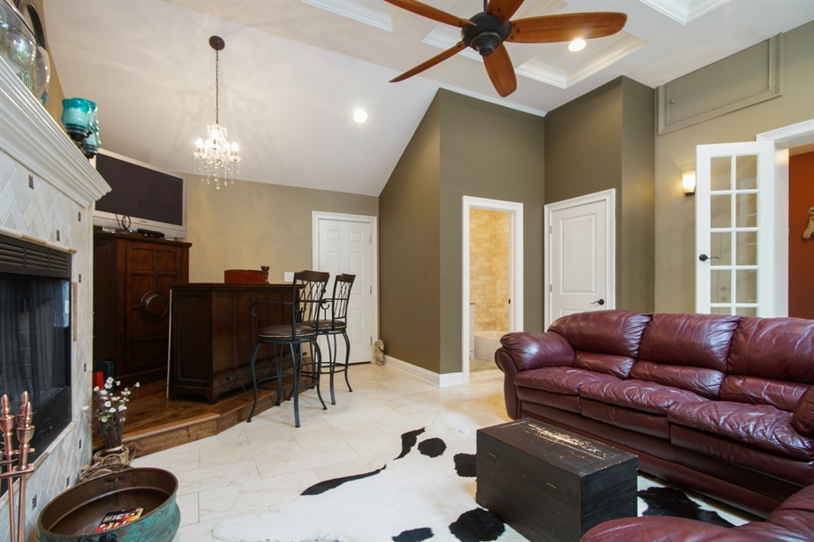 Real Estate Photography - 823 S. Arlington Heights Road, Arlington Heights, IL, 60005 - Family Room