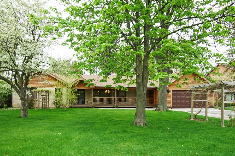 Real Estate Photography - 823 S. Arlington Heights Road, Arlington Heights, IL, 60005 - Front View