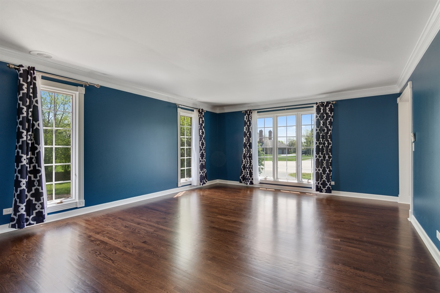Real Estate Photography - 1980 Clover Drive, Inverness, IL, 60067 - Living Room