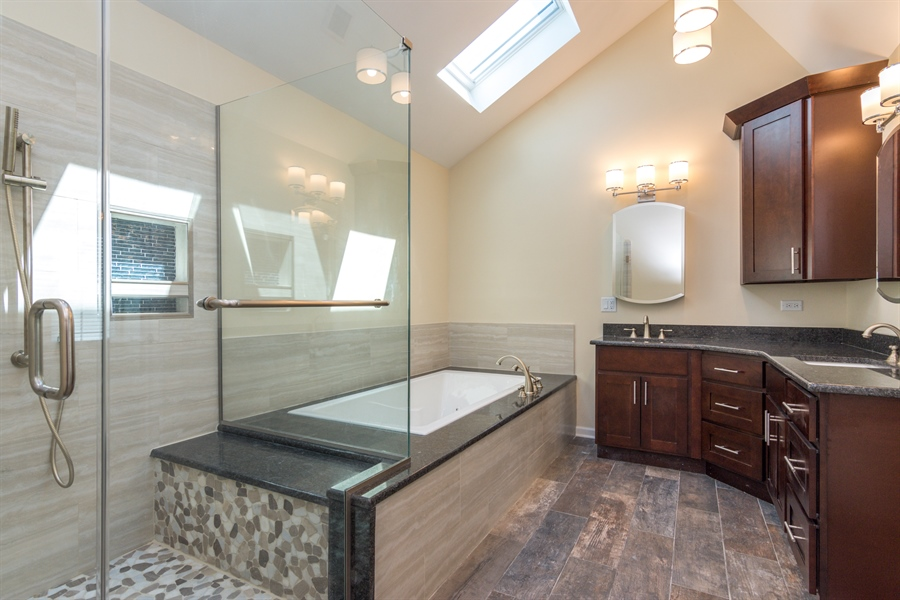 Real Estate Photography - 1980 Clover Drive, Inverness, IL, 60067 - Master Bathroom