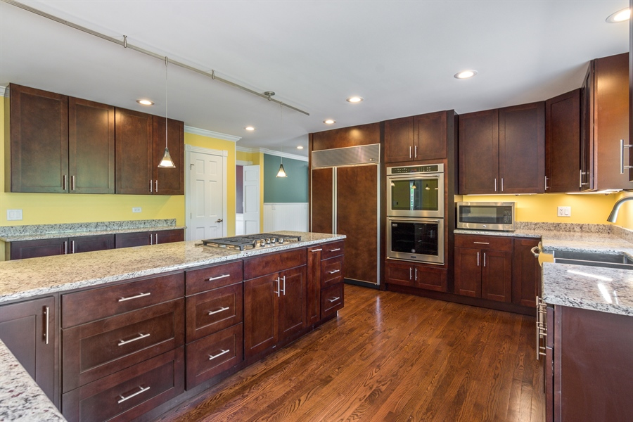Real Estate Photography - 1980 Clover Drive, Inverness, IL, 60067 - Kitchen