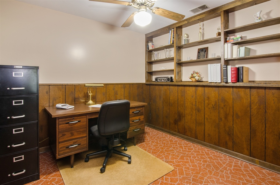 Real Estate Photography - 710 N. Vista Drive, Algonquin, IL, 60102 - Office