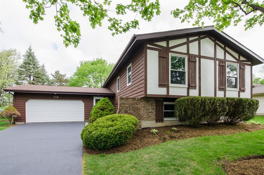 Real Estate Photography - 710 N. Vista Drive, Algonquin, IL, 60102 - Front View