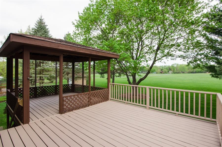 Real Estate Photography - 710 N. Vista Drive, Algonquin, IL, 60102 - Deck