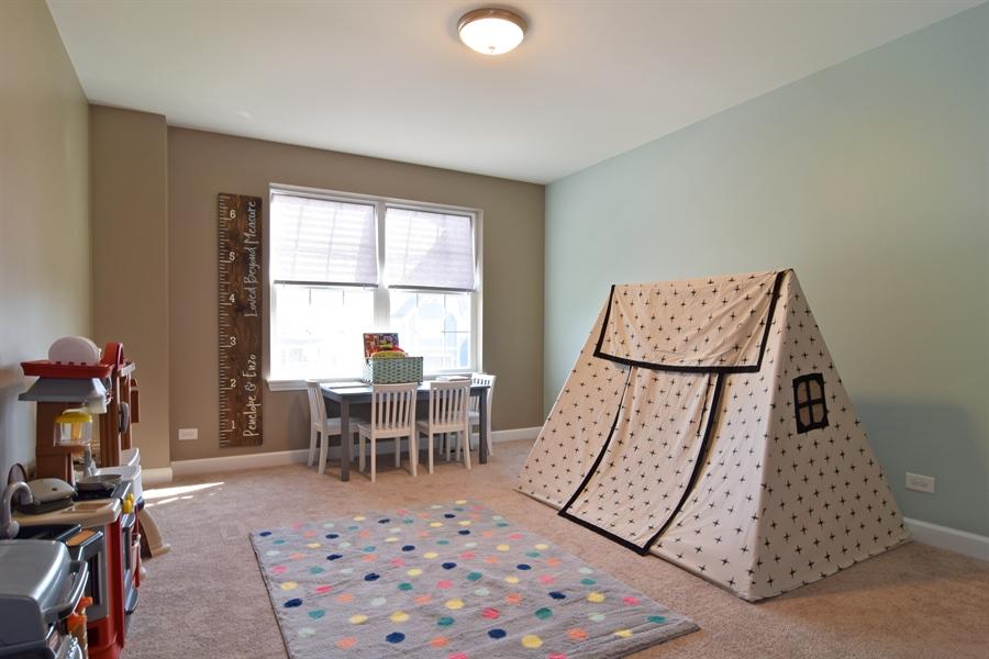 Real Estate Photography - 3597 Harold Circle, Hoffman Estates, IL, 60192 - 4th Bedroom
