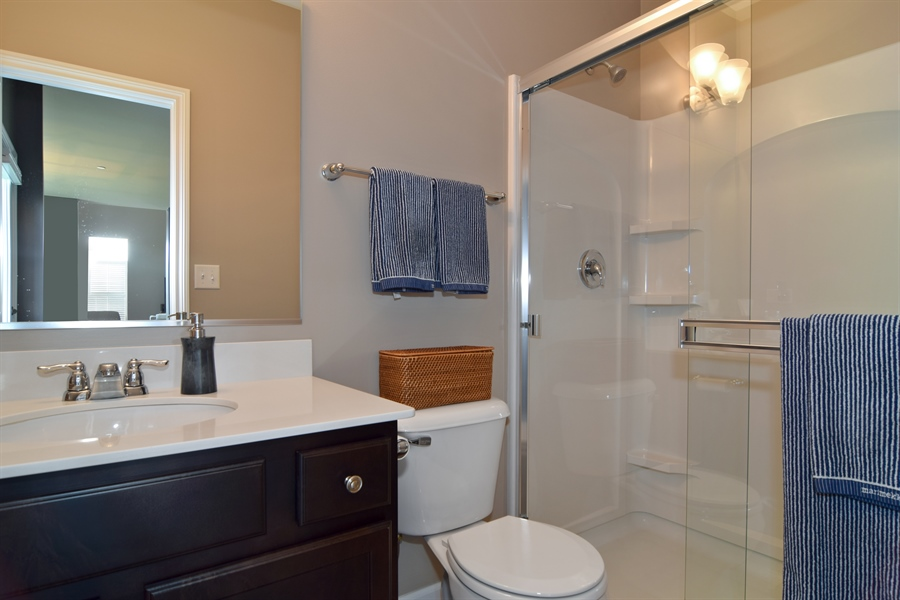 Real Estate Photography - 3597 Harold Circle, Hoffman Estates, IL, 60192 - 2nd Bathroom