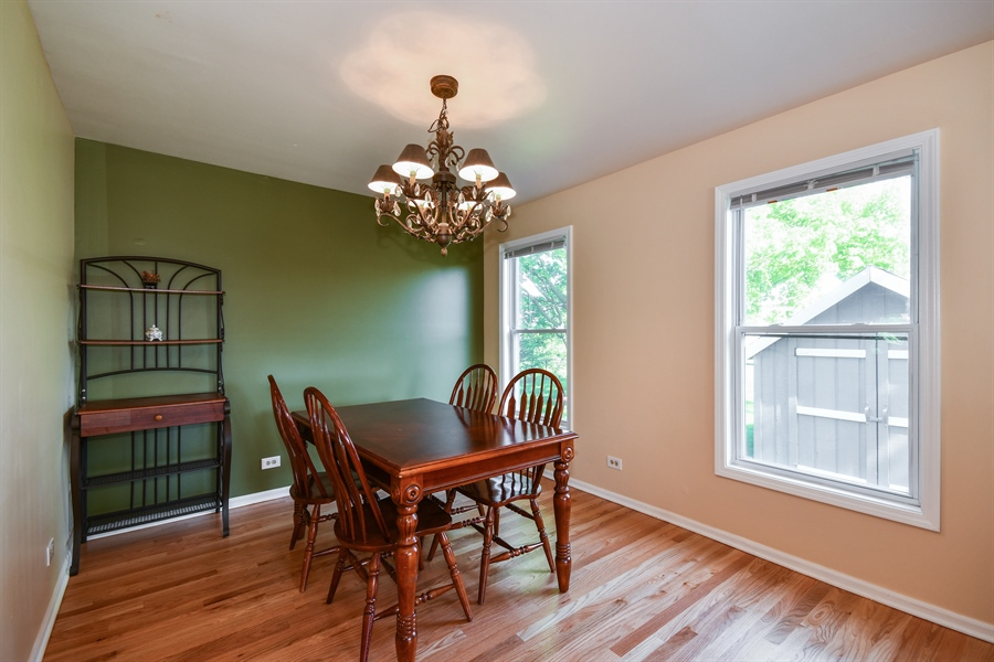 Real Estate Photography - 1920 WITT Court, Lombard, IL, 60148 - Dining Room