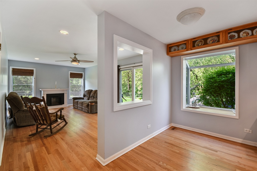 Real Estate Photography - 1920 WITT Court, Lombard, IL, 60148 - Breakfast Nook