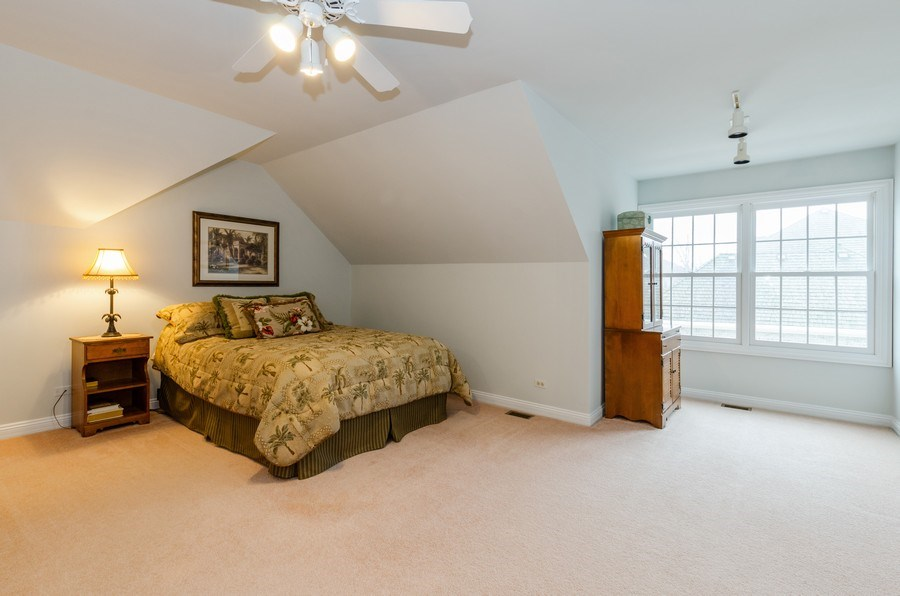Real Estate Photography - 1303 Brandywine Road, Libertyville, IL, 60048 - 2nd Bedroom