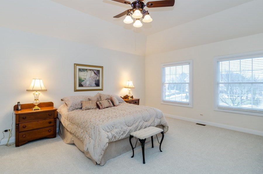 Real Estate Photography - 1303 Brandywine Road, Libertyville, IL, 60048 - Master Bedroom