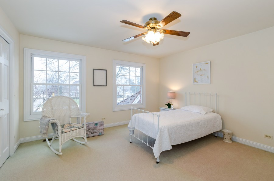 Real Estate Photography - 1303 Brandywine Road, Libertyville, IL, 60048 - Bedroom