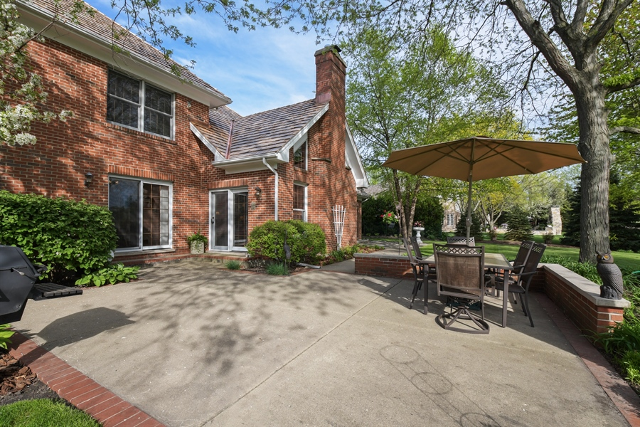 Real Estate Photography - 1303 Brandywine Road, Libertyville, IL, 60048 - Patio