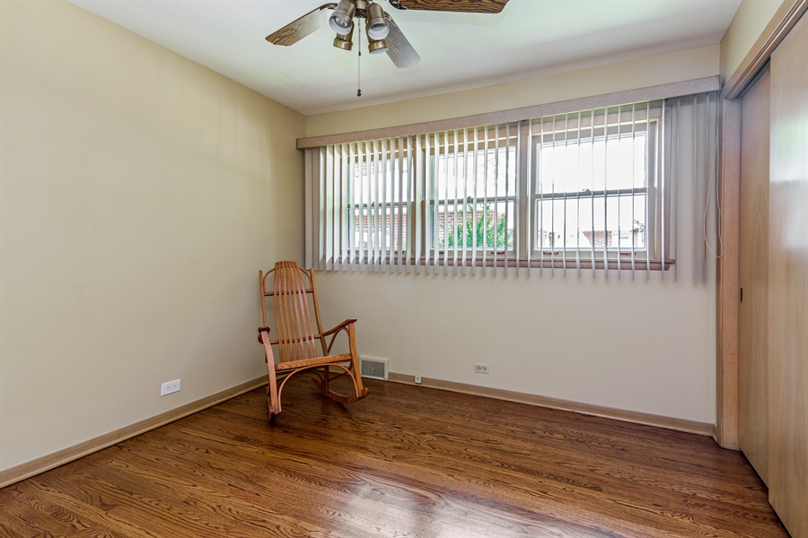 Real Estate Photography - 210 Cambridge Road, Des Plaines, IL, 60016 - 3rd Bedroom
