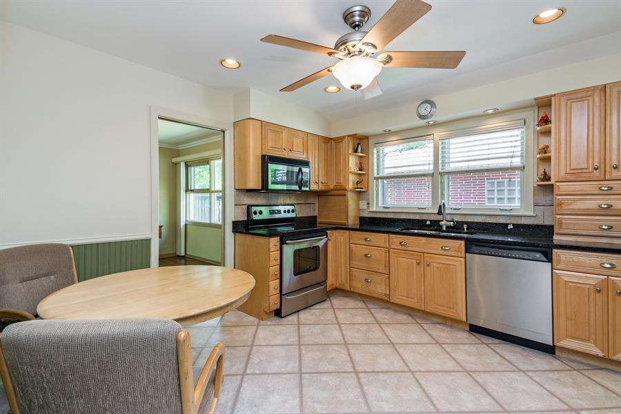 Real Estate Photography - 210 Cambridge Road, Des Plaines, IL, 60016 - Kitchen / Breakfast Room