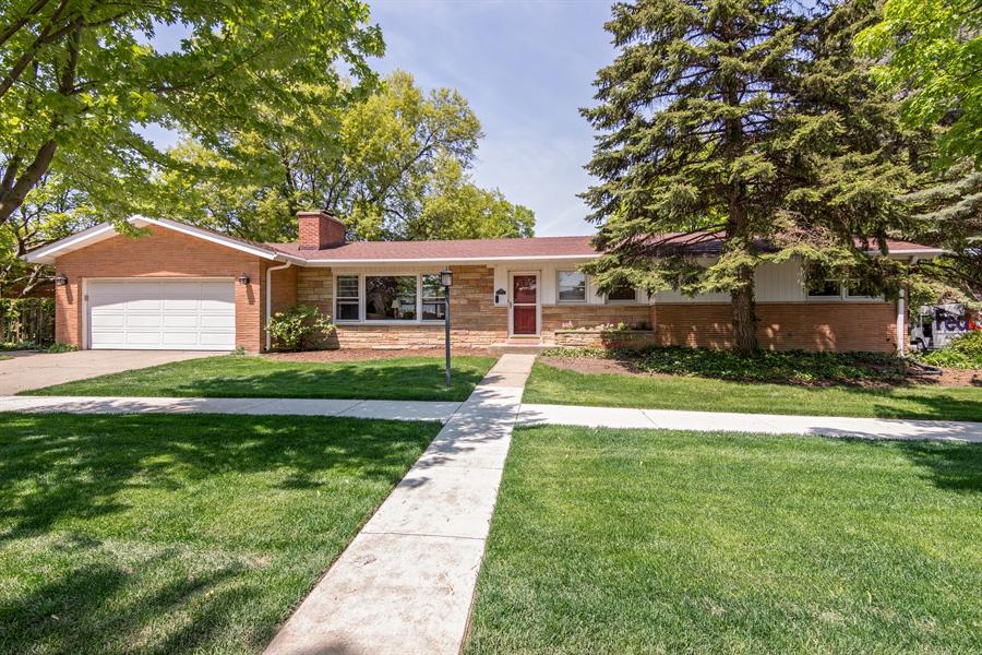 Real Estate Photography - 210 Cambridge Road, Des Plaines, IL, 60016 - Front View