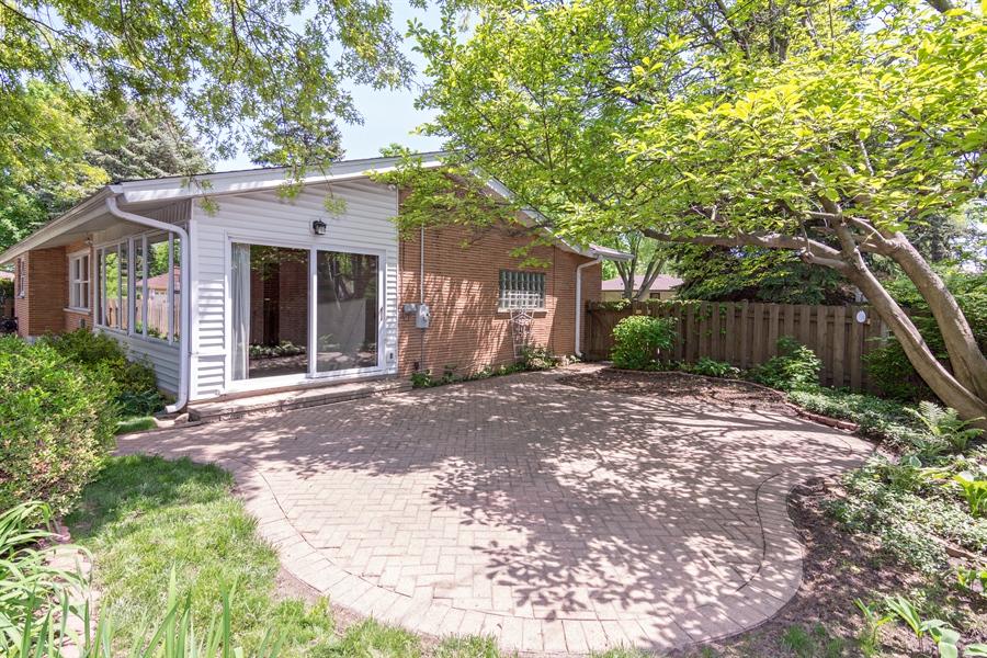 Real Estate Photography - 210 Cambridge Road, Des Plaines, IL, 60016 - Patio