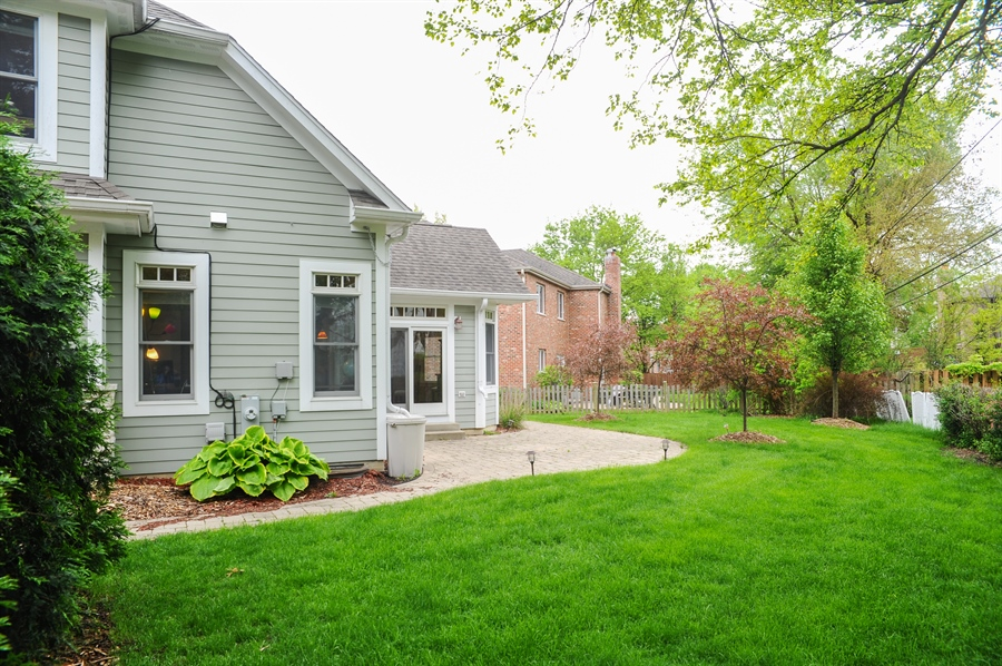 Real Estate Photography - 1420 N. Chicago Avenue, Arlington Heights, IL, 60004 - Back Yard