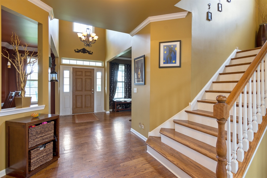 Real Estate Photography - 1885 Northwood Drive, Wauconda, IL, 60084 - Foyer