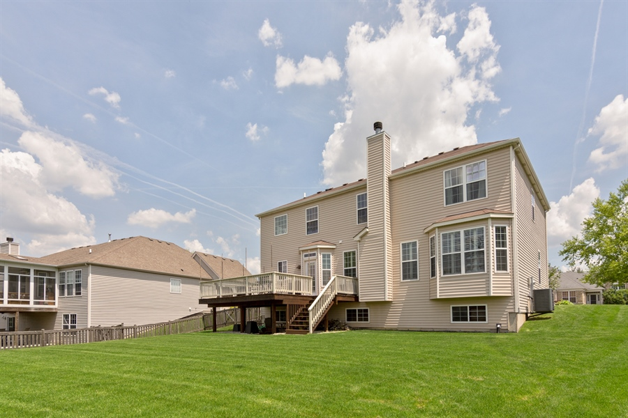 Real Estate Photography - 1885 Northwood Drive, Wauconda, IL, 60084 - Rear View