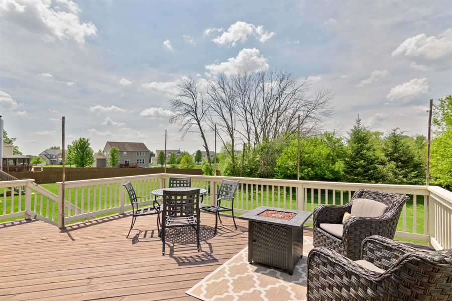 Real Estate Photography - 1885 Northwood Drive, Wauconda, IL, 60084 - Deck