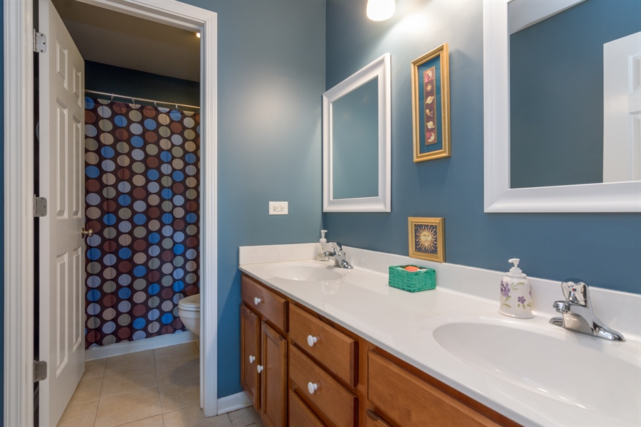 Real Estate Photography - 1885 Northwood Drive, Wauconda, IL, 60084 - 2nd Bathroom